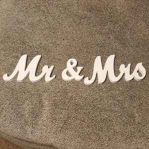 Mr and Mrs table top sign
